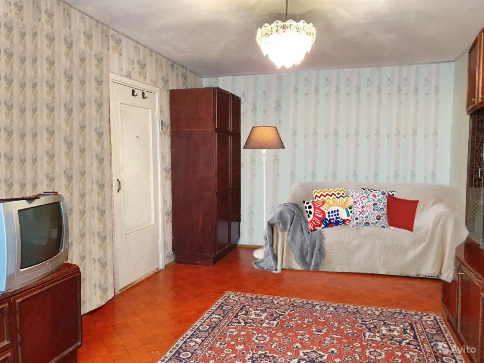 Уют в квартире: напольный торшер