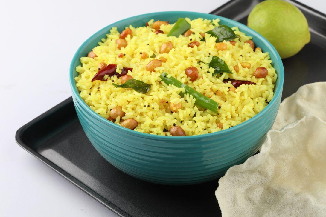 Вегетарианские рецепты: лимонный рис с орехами