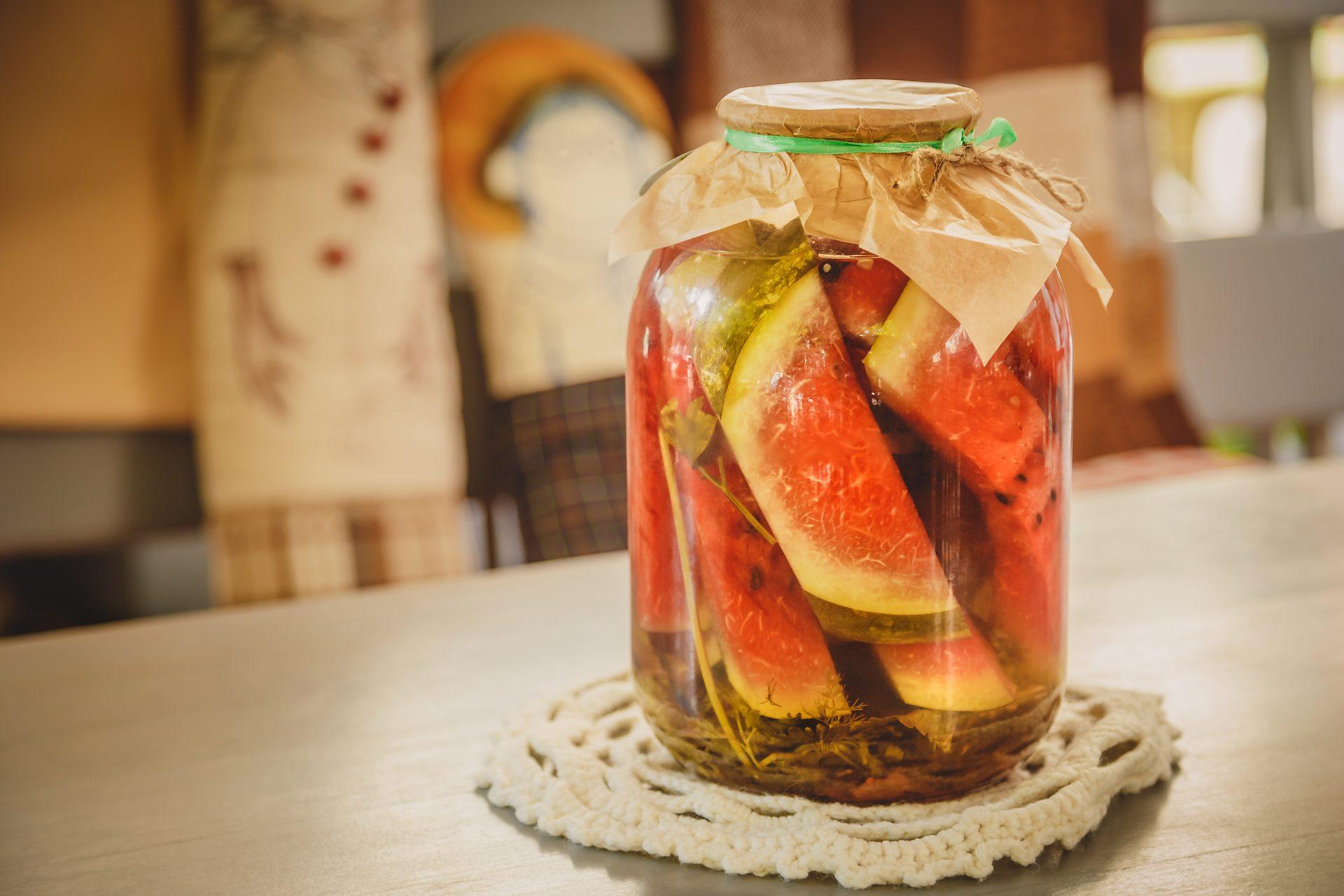 Способы приготовления блюд: в некоторых регионах России засаливают арбузы